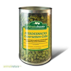 PferdeSnacks Esparsetten-Cobs - mit der Esparsetten Futterpflanze können Sie Ihr Pferd Getreide frei belohnen.